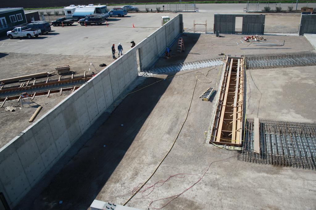 Agro Liquid Fertilizer Agriculture Farm Construction Industrial General Contractor Rail Pits Concrete Pour