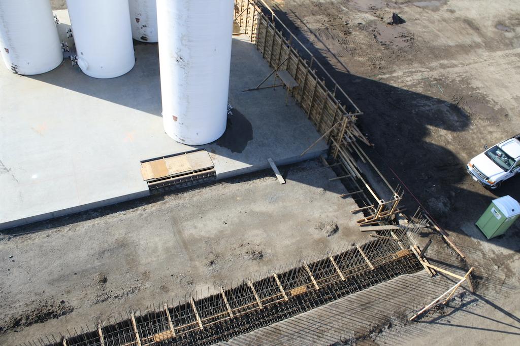 Agro Liquid Fertilizer Agriculture Farm Construction Industrial General Contractor Rail Pits Concrete Prep