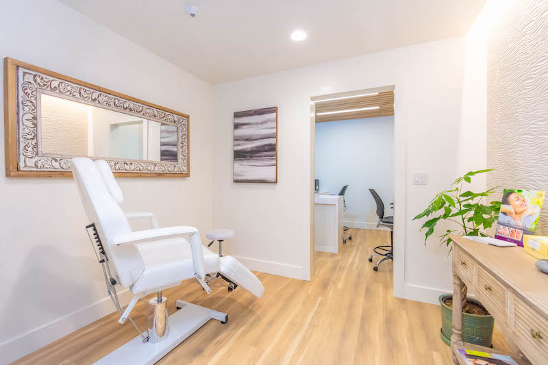 Gill Medical Healthcare Commercial Construction General Contractors Office Building Tenant Improvements Aesthetics Room